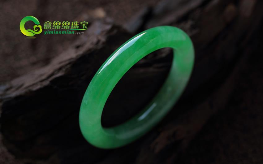 聘婷秀雅天然翡翠老坑A货满绿尊贵圆条玉玉镯